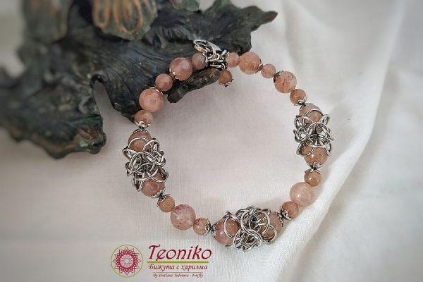 Teoniko - Бижута с харизма Ръчно изработена гривна Носталгия с ягодов кварц